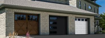 Top Tips for Replacing a Garage Door